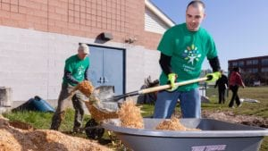 """Comcast Employees """"Spring"""" Into Action to Make an Impact"""